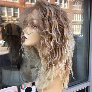 Blonde Wig Waves 27/613 Blonde Ombré Freepart